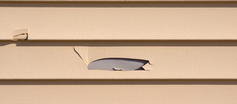 Signs You Should Replace Your Home's Siding
